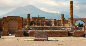 POMPEII, THE MOTIONLESS BEAUTY