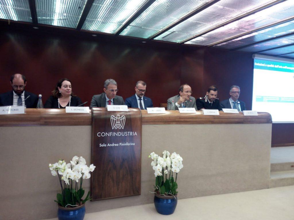 """""""Un mare di impegno per l'ambiente"""" - Convegno Cisambiente - Confindustria, Roma 27 Giugno"""