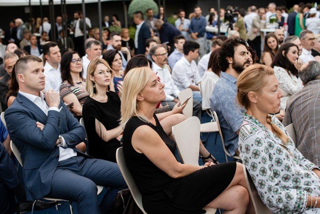 """Varedo, 4 luglio 2019: TALK SHOW SUL TERRAZZO FACCHINETTI - """"L'INNOVAZIONE QUALE DRIVER PER IL SUCCESSO DI IMPRESA. LA CREAZIONE DI FUTURE-SPACE"""""""